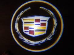 Беспроводная лазерная проекция логотипа в двери Cadillac