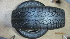 Pirelli Winter Carving Edge. Зимние, шипованные, 2011 год, износ: 5%, 2 шт