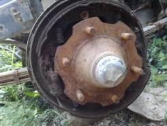 Ступица. Nissan Atlas, SH40 Двигатель FD35