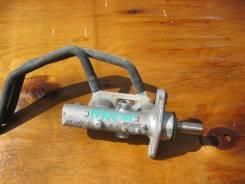 Цилиндр главный тормозной. Mitsubishi Grandis, NA4W Двигатель 4G69