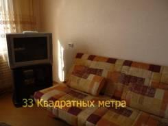 2-комнатная, улица Каплунова 13. 64, 71 микрорайоны, агентство, 56 кв.м. Комната