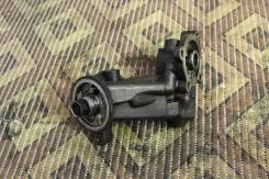 Крепление масляного фильтра. Nissan Serena, WJC23 Двигатели: CD20ET, CD20T, CD20