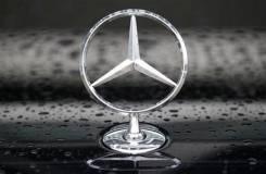 Эмблема. Mercedes-Benz C-Class