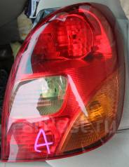 Стоп-сигнал левый 13-69 на Тойота Королла Спасио 121-124 кузов. Toyota Corolla Spacio, NZE121124 Двигатель 1NZFE