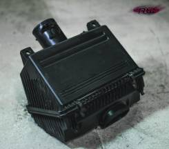 Корпус воздушного фильтра. Mazda RX-8, SE3P Двигатель 13BMSP