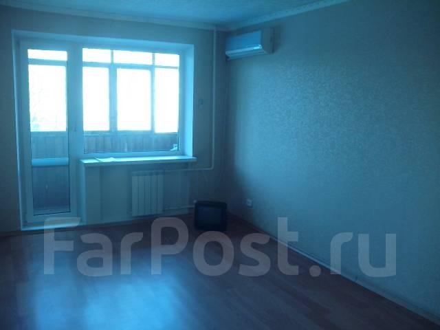 3-комнатная, Панфиловцев ул 23. Индустриальный, частное лицо, 63кв.м.