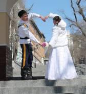 Свадебные шубки и зонты для тепла и в снег