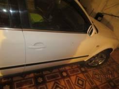 Продам преднюю правую дверь на VW Passat B5
