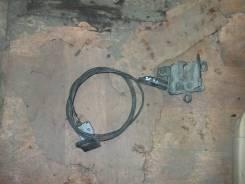 Тросик замка капота. Subaru Forester, SF5