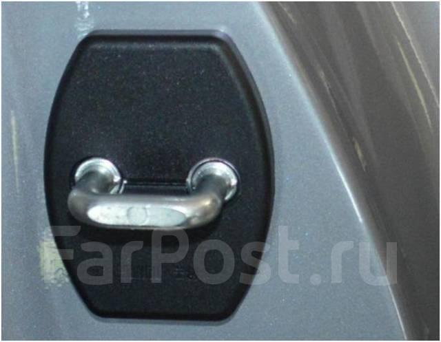 Крепление боковой двери. Toyota Mitsubishi Honda Nissan