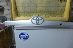 Вставка багажника. Toyota Corolla, ZZE120, ZZE120L