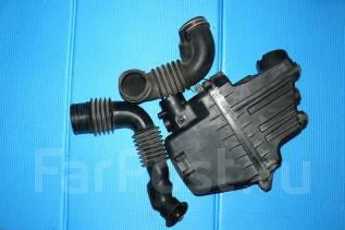 Корпус воздушного фильтра. Toyota Funcargo, NCP20 Двигатель 2NZFE