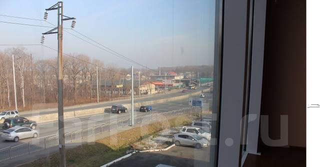 Офисные помещения. 72кв.м., улица Маковского 48а, р-н Седанка. Вид из окна
