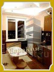 2-комнатная, улица Ладыгина 13. 64, 71 микрорайоны, агентство, 52 кв.м.