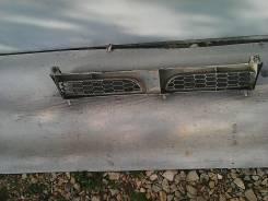 Решетка радиатора. Nissan Sunny, N14