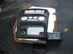 Панель салона. Daihatsu YRV, M201G Двигатель K3VE