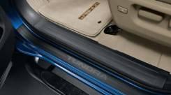 Накладка на порог. Toyota Tundra. Под заказ