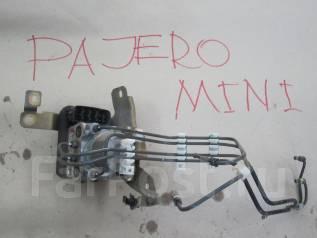 Блок abs. Mitsubishi Pajero Mini, H58A Двигатель 4A30T
