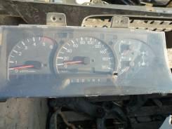 Панель приборов. Mitsubishi Delica, PD8W Двигатель 4M40