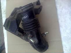 Патрубок воздухозаборника. Nissan Bluebird, HNU14 Двигатель SR20DE