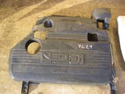 Крышка двигателя. Nissan Serena, VC24 Двигатель YD25DDTI