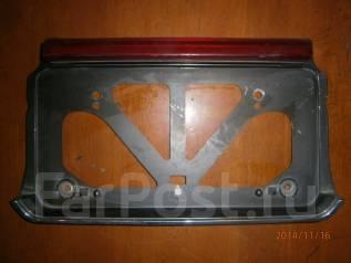 Вставка багажника. Toyota Crown, JZS151