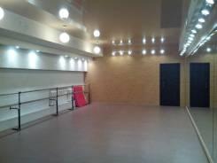 Отличные танцевальные и вокальные залы в аренду. Красный проспект 171/4, р-н площадь Маркса, 135,0кв.м., цена указана за квадратный метр в месяц
