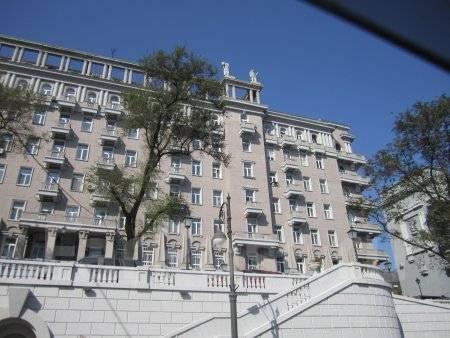Комната, улица Алеутская 17. Центр, 23 кв.м. Дом снаружи