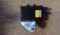 Блок управления топливным насосом. Toyota Mark II, JZX90 Двигатель 1JZGTE