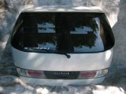 Вставка багажника. Toyota Gaia, SXM10G
