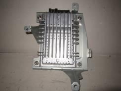 Усилитель магнитолы. Infiniti FX45, S50 Двигатели: VK45DE, VK45