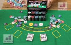 Покерный набор на 200 фишек с сукном!