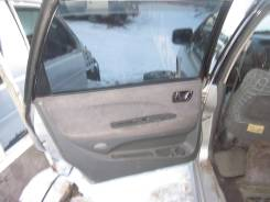 Обшивка двери. Mitsubishi Chariot Grandis, N84W Двигатель 4G64