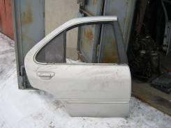 Дверь Nissan Sunny FB14 задняя правая