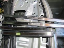 Порог пластиковый. Toyota Crown, JZS171, JZS175 Двигатели: 1JZGE, 1JZGTE