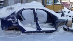 Передняя часть автомобиля. Renault Logan