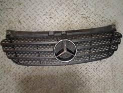 Решетка радиатора. Mercedes-Benz ML-Class