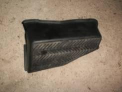 Подставка под ногу. Toyota Hilux Surf, 130