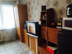 Гостинка, улица Сахалинская 58. Тихая, частное лицо, 18кв.м. Вторая фотография комнаты