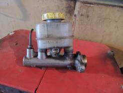 Цилиндр главный тормозной. Nissan AD, WFY10 Двигатели: GA15DE, GA15DS, GA15
