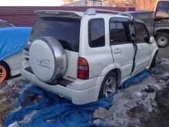 Suzuki Escudo. TL52W