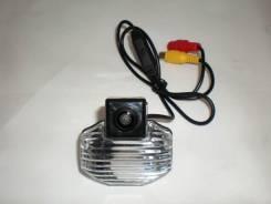 Камера заднего вида с подсветкой номера на Toyota Corolla/VIOS