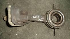 Вилка сцепления. Mitsubishi Delica, P25W Двигатель 4D56