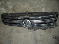 Эмблема решетки. Volkswagen Tiguan