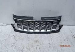 Решетка радиатора. Jeep Grand Cherokee, WK2