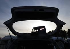 Крышка багажника. Toyota Vitz