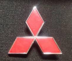 Эмблема решетки. Mitsubishi Pajero iO, H66W, H76W, H61W, H71W Mitsubishi Pajero, V24V, V24WG, V26WG, V47WG, L146G, V26C, V25C, V24C, V23C, L141G, V43W...