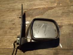 Зеркало заднего вида боковое. Toyota Noah, AZR65