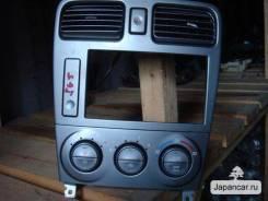 Блок управления климат-контролем. Subaru Forester, SG5 Двигатель EJ20