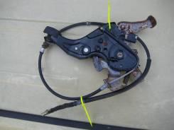 Педаль ручника. Toyota Noah, AZR65 Двигатель 1AZFSE